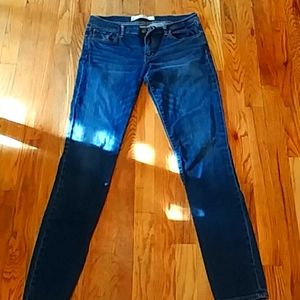 Sz 6 long Abercrombie & Fitch perfect stretch jean